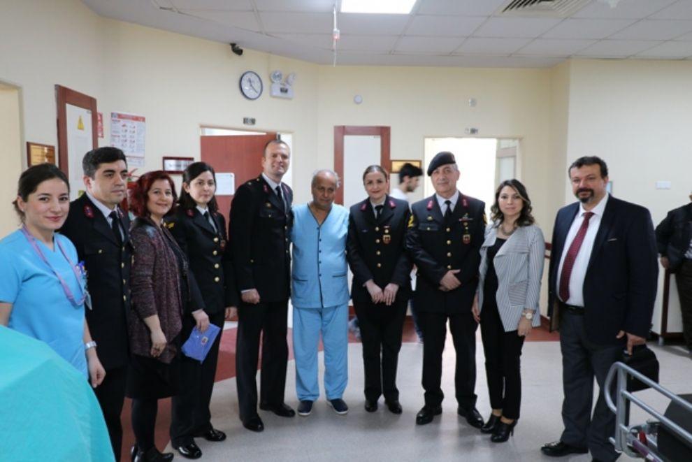 Aydın İl Jandarma Komutanlığından Onkoloji Hastalarına Ziyaret