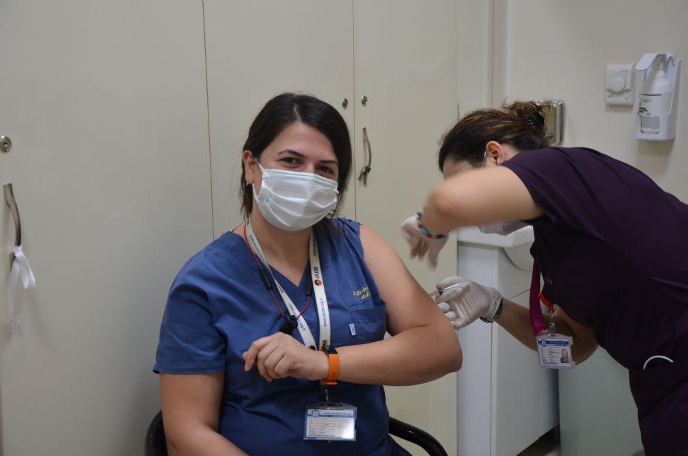 Hastanemizde  Covid 19 Aşısı Yapılmaya Başlandı