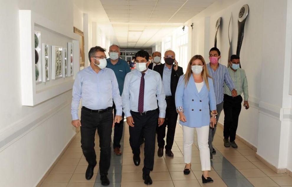 AK Parti Aydın İl Başkanı Hastane Başhekimini Ziyaret Etti