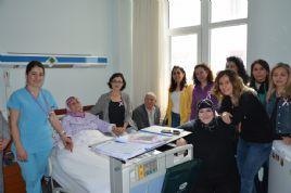 Öğretmenlerden Onkoloji Hastalarına Ziyaret